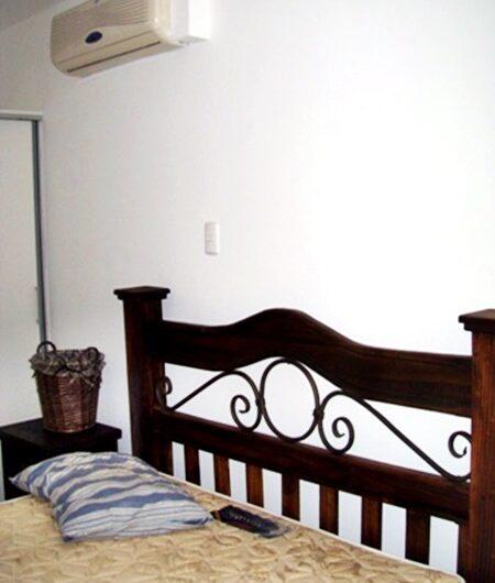 GANGA! Casa 3habs en Condo en Santa Ana