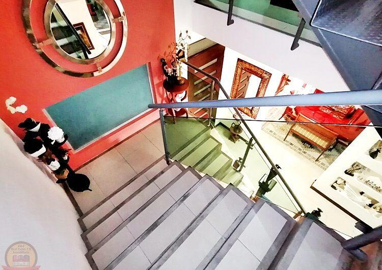 Casa Lujosa 3habs+Cine en Condo, Trejos Montealegre Escazú