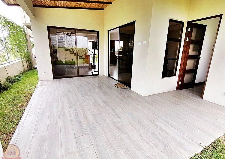 Casa Moderna 3habs+Studio Nueva en Condo, Alajuela