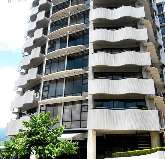 Penthouse Lujoso 3habs piso 8 en Urbano Nunciatura, Rohrmoser