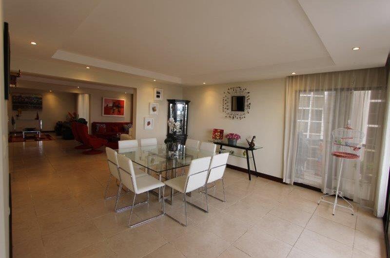 Apart 3habs en piso 8 de 270m con vista en Escazú