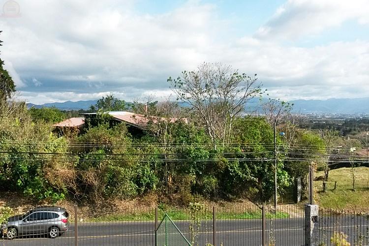 Casa 4habs para estrenar en San Isidro Heredia