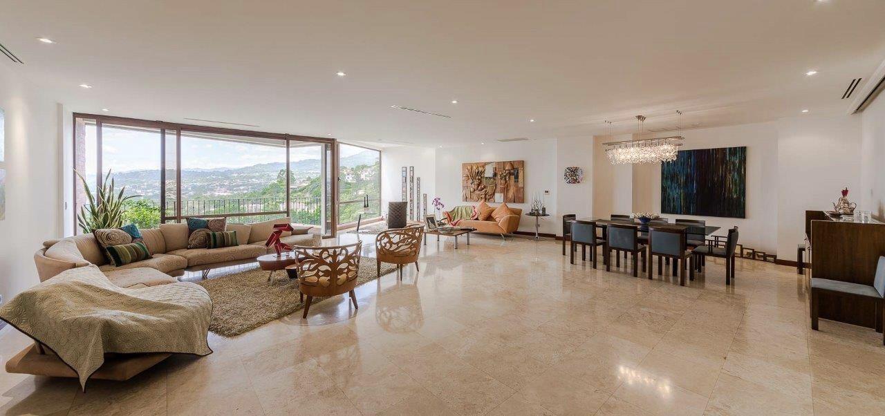 Apartamento Lujoso 4habs+Serv en Jaboncillos, Escazú