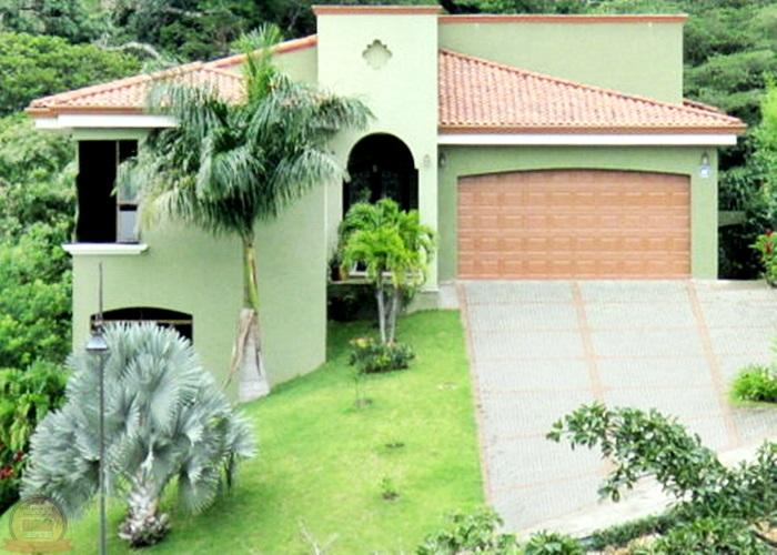 Casa Lujosa 4habs con Vista en Condo Cerro Colón