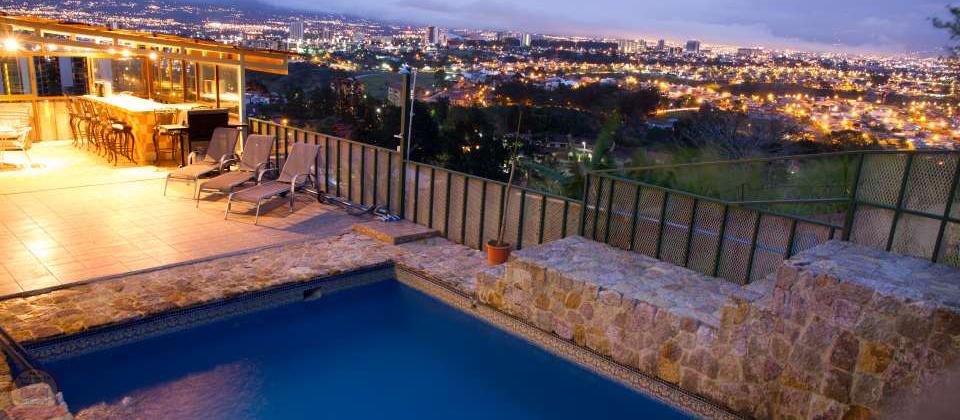 Hotel con 12habs con piscina y vista, San Rafael Escazú